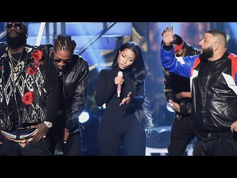 "DJ Khaled, Nicki Minaj & MORE Shine With ""Do You Mind?"" Performance At 2016 AMAs"