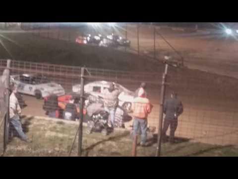 Hornet Heat 1 Fayette County Speedway 4/17/18