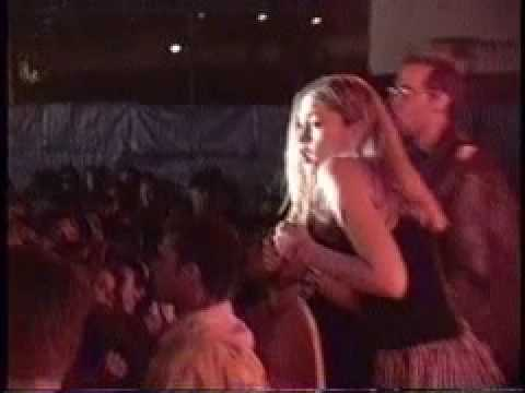 "No Doubt ""Get on the Ball"" Live 1993"