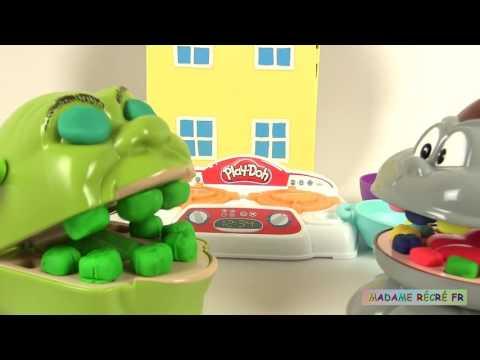 Shrek et le singe se disputent à cause d'une araignée ! Histoires de Jouets