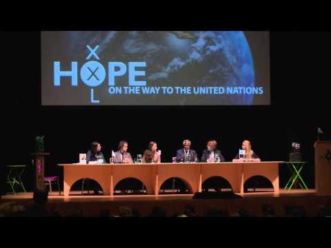Kofi Annan at the HOPE XXL table (European HOPE XXL Conference Leiden)