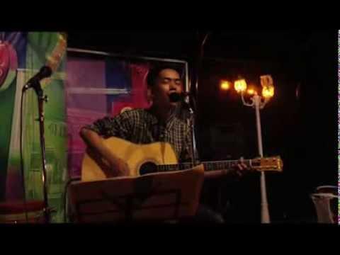 Hagie Juliandri - Putih Mata Memerah (Live Acoustic at The Loft Bar & Bistro)