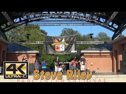 Steve Riley Plays Downtown Alive 2017 - 4K Ultra HD