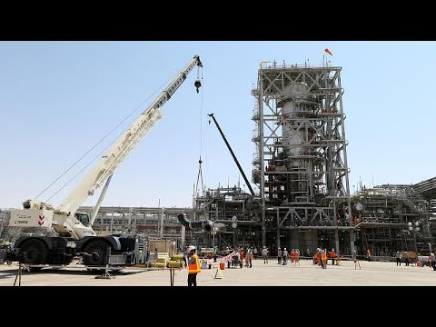 شاهد: كيف أصبحت المنشأتين النفطيتين في أرامكو السعودية بعد هجوم السبت…  - نشر قبل 2 ساعة