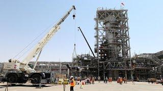 شاهد: كيف أصبحت المنشأتين النفطيتين في أرامكو السعودية بعد هجوم السبت…