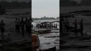 Shivpuri gwalior maharajgad water fall accident 15 August 2018