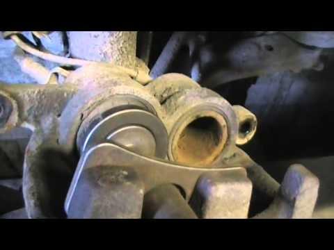 Форд Транзит Замена передних колодок и стоек стабилизатора
