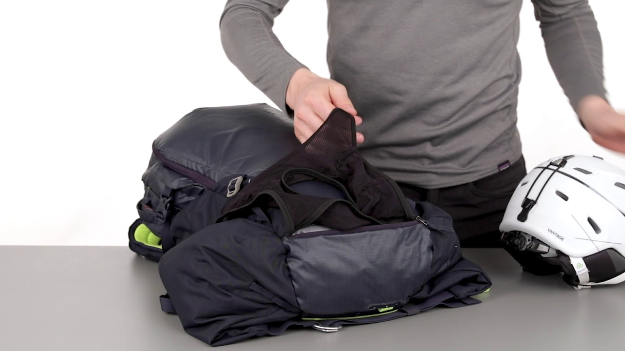 021f6300a47 Ski- and snowboard backpacks - Thule Upslope 35L - YouTube