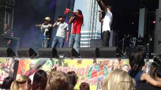 2Famous (Selecta Beatz, Kayente, DOG & Stress) - Schudduh live @  Festival Afrique-Carib
