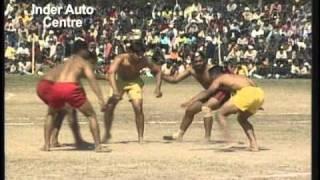 Repeat youtube video Kabaddi cup kapurthala-2005 game-4 punjab kesri vs Babadeep singh acadmy  part-1 www.rurkee.com.wmv