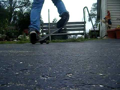 im gay. skating on the thing i call a driveway