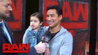 نجوم WWE يحاولون الحصول على أدوار فى فيلم ؟ ، نجم التلفزيون يحضر ابنه الى الرو ( فيديو ) ، مساهمة لجورج ستيل - في الحلبة