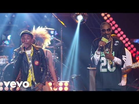 Shakira - Hips Don't Lie ft. Wyclef Jeanиз YouTube · С высокой четкостью · Длительность: 3 мин39 с  · Просмотры: более 502.849.000 · отправлено: 3-10-2009 · кем отправлено: shakiraVEVO