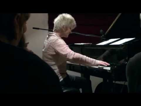 Dena DeRose piano solo on