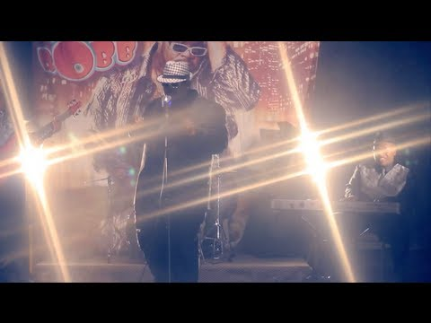 "Bigg Robb - ""Let's Straighten It Out"" Official Music Video Directed by: Mat Grimes"