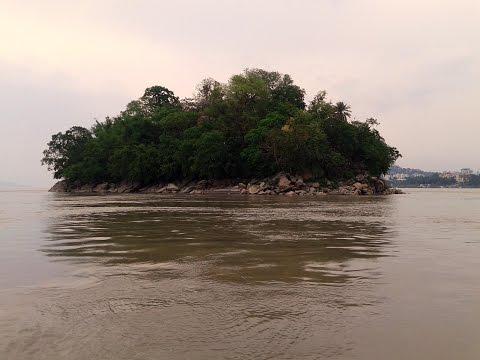 Peacock Island - Boating on Dangerous Brahmaputra River - Way to Umananda Temple, Guwahati (Assam)