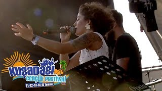 Melek Mosso - Hiç Işık Yok @ Kuşadası Gençlik Festivali 2018