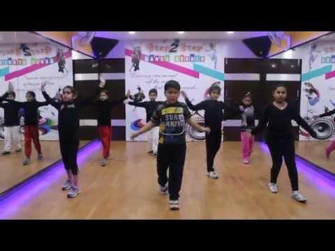 ABHI TOH PARTY SHURU HUI |BADSHAH | AASTHA Dance Performance By Step2Step Dance Studio