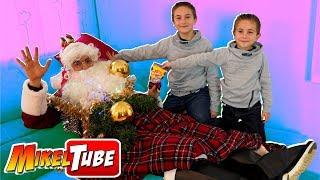 Mikel y Leo ayudan a Papa Noel y Salvan la Navidad