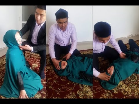 دست زدن به اعضای بدن دختر به بهانه کشیدن جن
