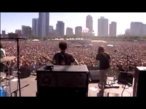 MGMT - 4th Dimensional Transition Live @ Lollapalooza
