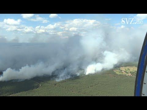 Waldbrand nahe Lübtheen - Die Lage ist weiterhin ernst