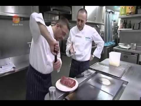 Michel JnrAlain RouxBeef en Croute with Sauce Bearnaise