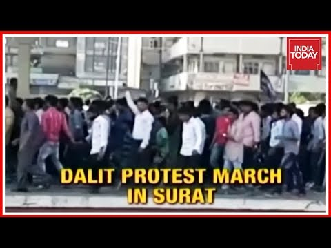 Caste Clashes Spreads To Gujarat, Dalit Protests Outside BJP Office In Surat