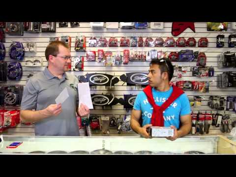 Dean and Fernando unbox the new 2014 Alpine UTE-52BT no-CD head unit.
