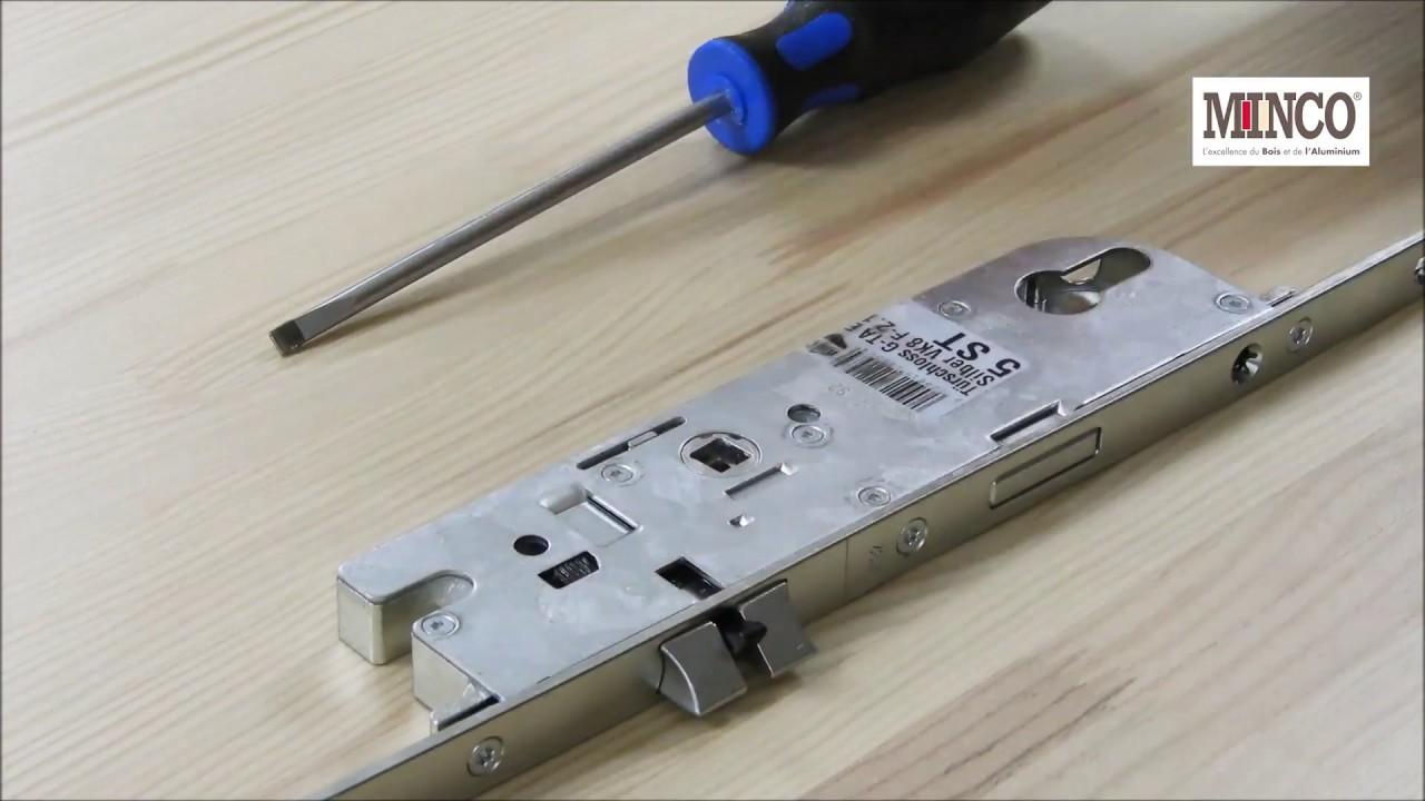 Comment changer le sens d 39 un penne central sur une porte d - Comment reboucher une porte ...