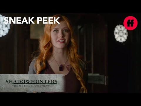 shadowhunters-|-season-1,-episode-4-sneak-peek:-clary-asks-jace-about-magnus-|-freeform