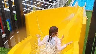 LoveStar Ride a water slide and play swimming