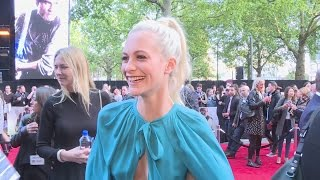 "King Arthur: Poppy Delevingne – ""Cara has a beautiful shaped head"""