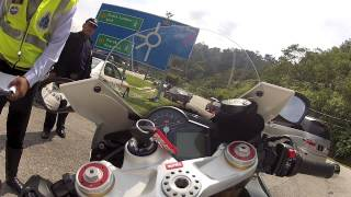 Road Block on Superbike @ Genting down