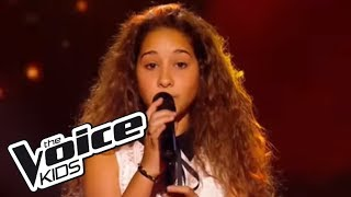 Repeat youtube video The Voice Kids 2016 | Ilenia - Set Fire to the Rain (Adele) | Blind Audition