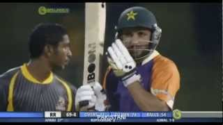vuclip HD  Shahid Afridi at his best in SLPL 2012   YouTube