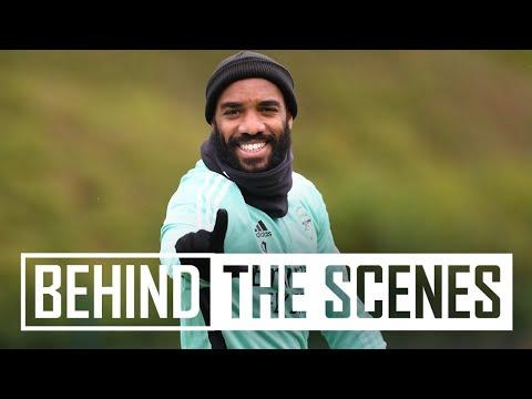 Latihan, membangun tim & tantangan palang!  |  Di balik layar di pusat pelatihan Arsenal