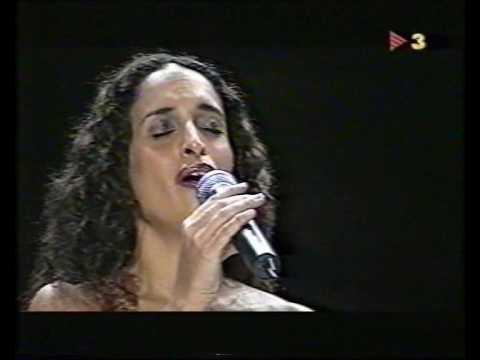 SERRAT i NOA - ES CAPRICHOSO EL AZAR -...