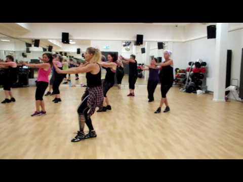 Thug le (from Ladies Vs Ricky Bahl) - Zumba Bollywood/Riverdance