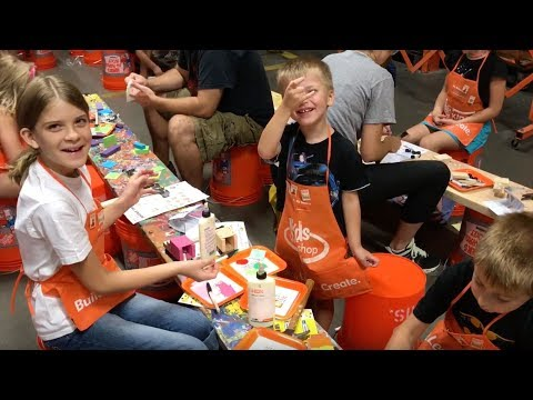 Home Depot Kids Workshop - Building a Penske Truck