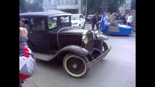 Парад ретро-автомобилей в День города Екатеринбурга-288