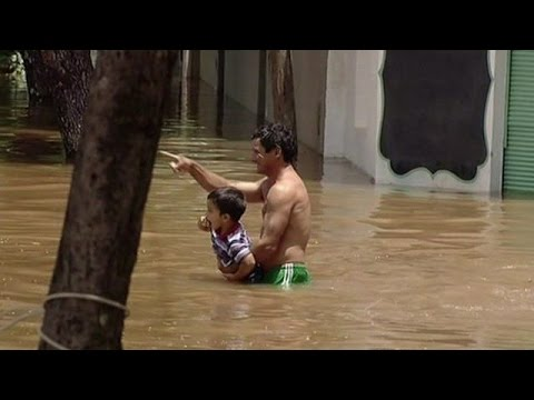 Paraguay, Argentina, Brazil and Uruguay flooding displaces 150,000