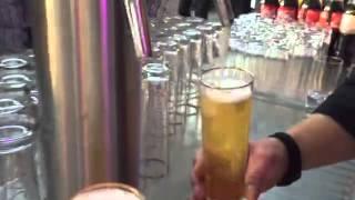 DJ Helly vs Barkeeper