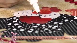 Saiba como decorar um pote com a técnica de patcholagem