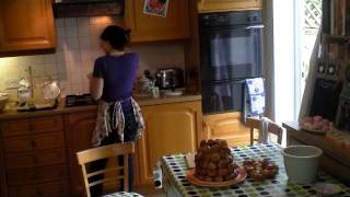 Time-lapse Croquembouche  - more baking from Forages and Finds