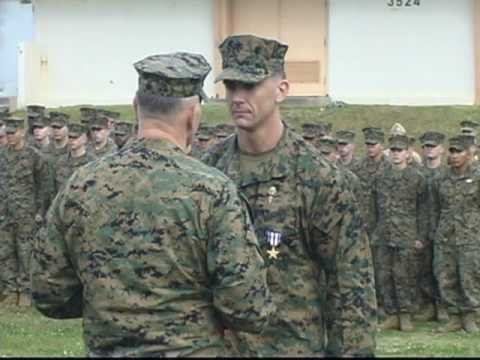 marine corps gunnery sergeant receives silver star youtube