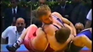 А. Шевцов и А. Мишин на соседних коврах (Ч.Е. 2001)