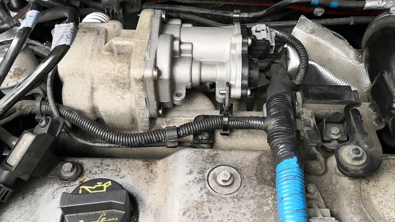 egr valve location on a 2011 ford transit ford transit connect tdci egr valve fix youtube  ford transit connect tdci egr valve fix
