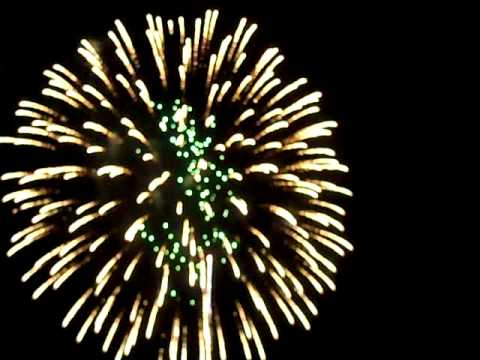 Fireworks display Antietam National Battlefield July 3 2010  10 minutes part 1 of 2