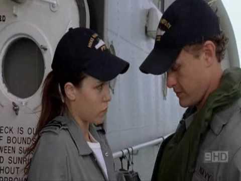 David Lyons, Saskia Burmeister as ET and Nav